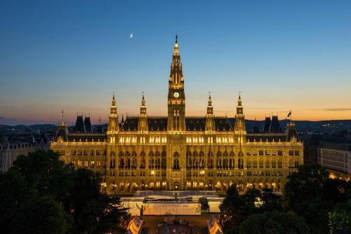 Vienna City Hall (Wiener Rathaus)